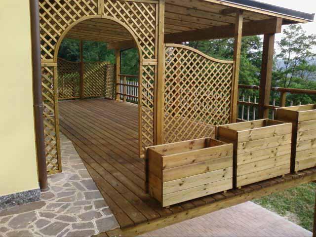 Realizzazione strutture in legno particolari edilizia bio for Case particolari